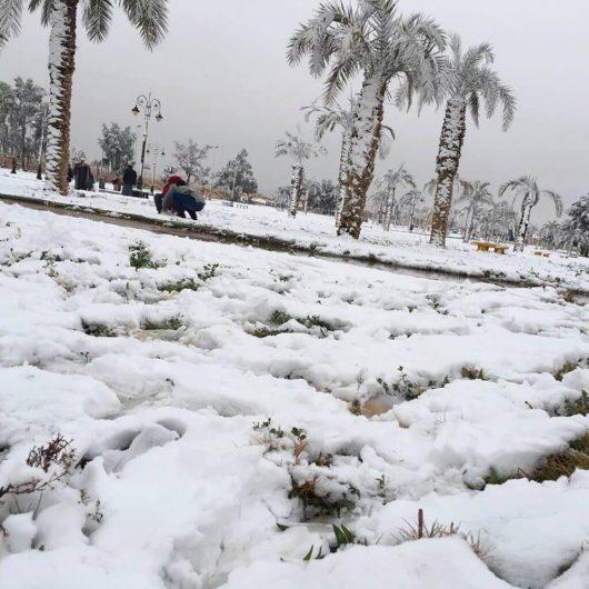 ogromna-anomalia-w-arabii-saudyjskiej-pustynia-zasypana-sniegiem-i-temperatury-ujemne-3