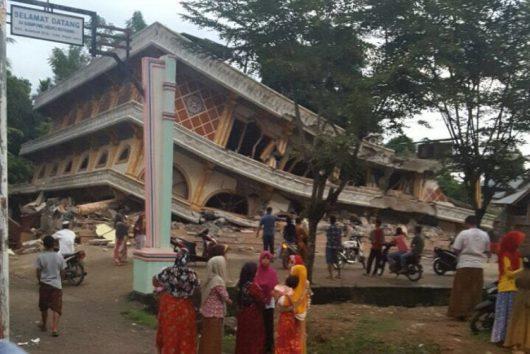 indonezja-trzesienie-ziemi-na-sumatrze-11