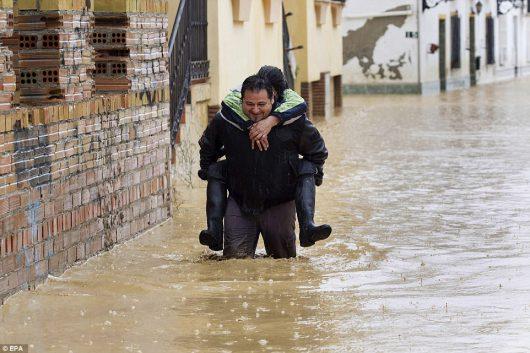 malaga-hiszpania-najwieksze-od-27-lat-opady-spowodowaly-powodz-3