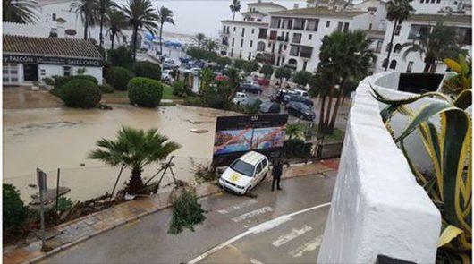 malaga-hiszpania-najwieksze-od-27-lat-opady-spowodowaly-powodz