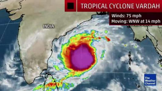 obraz-satelitarny-cyklonu-vardah-2