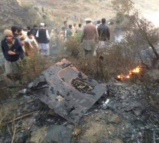 w-pakistanie-rozbil-sie-samolot-pasazerski-7
