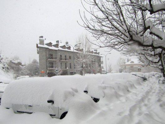 Hiszpania zasypana śniegiem, w najbliższych dniach temperatura może spaść do -20 st.C.