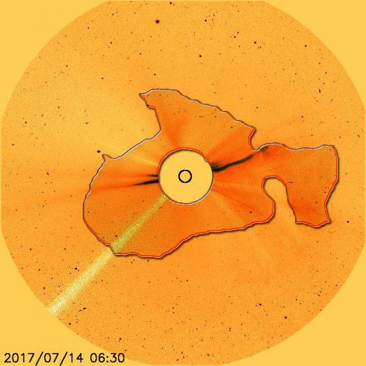 Zgodnie z zapowiedzią, nastąpił duży wzrost aktywności plamy słonecznej, która wygenerowała rozbłysk klasy M2.4, w niedzielę wystąpi burza GeoMagnetyczna