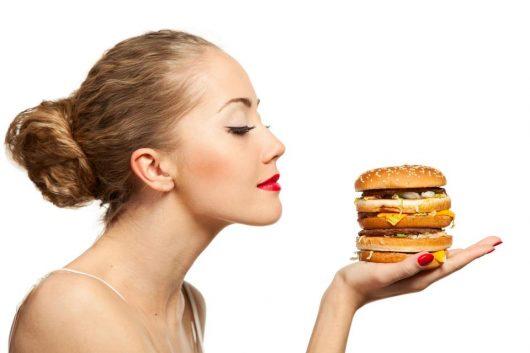 Zapach pożywienia prawdopodobnie wpływa na to, jak organizm zarządza kaloriami, jeśli pożywienie ładnie pachnie, kalorie raczej zostaną zmagazynowane, niż spalone