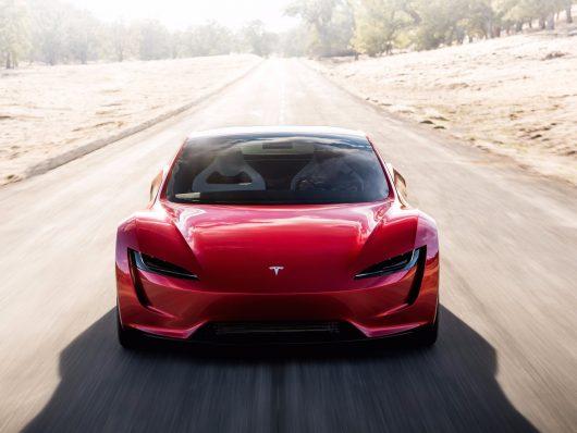 Zabezpieczony: Sportowy samochód elektryczny Tesla Roadster rozpędza się od 0-100 km/h w 1.9 sekundy, prędkość maksymalna ponad 402 km/h, zasięg ponad 1000 km, akumulatory mieszczą 200 kWh
