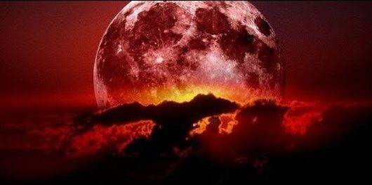 W piątek, 27 lipca dojdzie do najdłuższego zaćmienia Księżyca w tym wieku, trwać będzie godzinę i 43 minuty