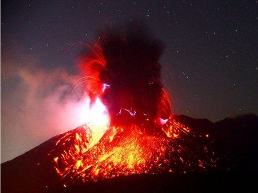 Sakurajima - 14.11.2018 - zdjęcie Asahi Shimbun