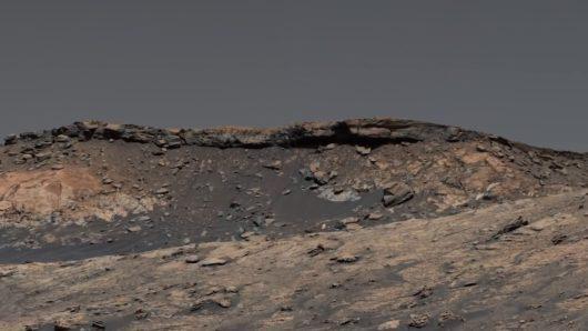 Niezwykłe zdjęcia Marsa zrobione przez łazik Curiosity