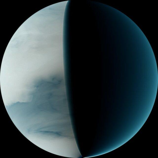 Wielka Ciemna Chmura unosi się nad Wenus