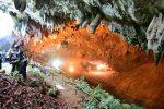 Tajlandia - Coraz gorsza sytuacja dzieci i trenera, którzy utknęli w jaskini Tham Luang
