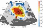 Termiczna bomba 50 metrów pod lodami Arktyki, grenlandzki lodowiec topi się w rekordowym tempie, rocznie traci 50 kilometrów sześciennych lodu